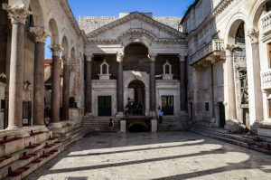 palais-docletien-croatie