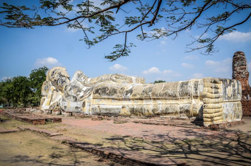 ayutthaya thailande bouddha couché