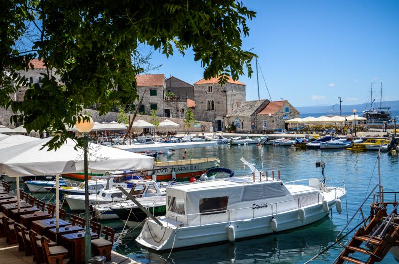 ile-de-brac-croatie-port