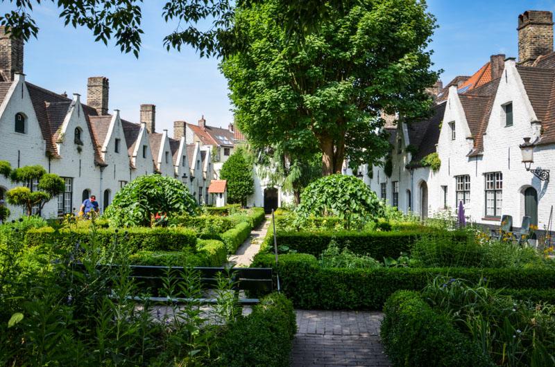 Bruges Belgique blog voyage Trotteurs Addict maisons de dieu