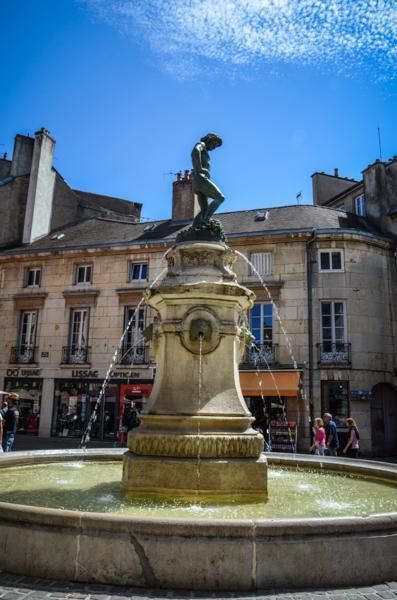 fontaine-ville-bourgogne