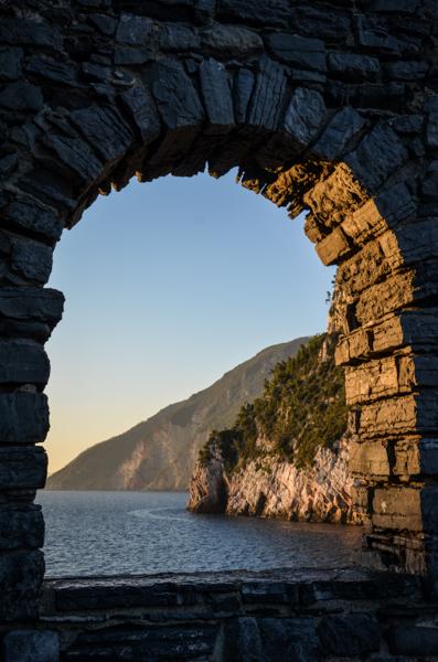 coucher de soleil portovenere italie grotte blog voyage