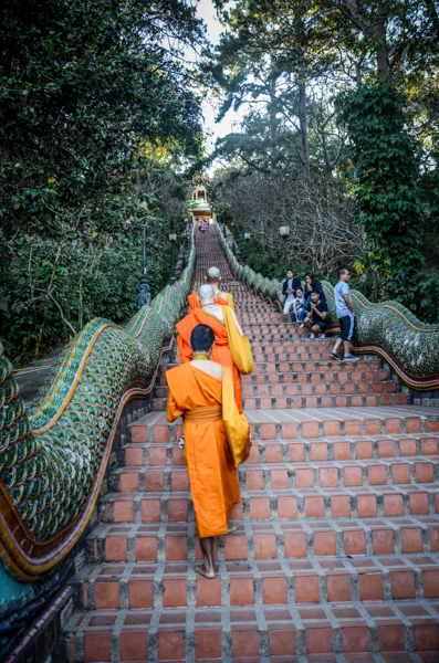 escalier doi suthep chiang mai