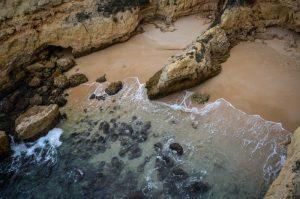 praia-de-albandeira-algarve
