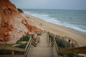 escalier-praia-de-falesia