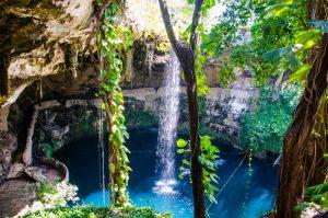 cenote zaci yucatan