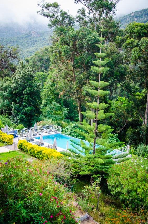 hotel-costa-rossa-vue-piscine