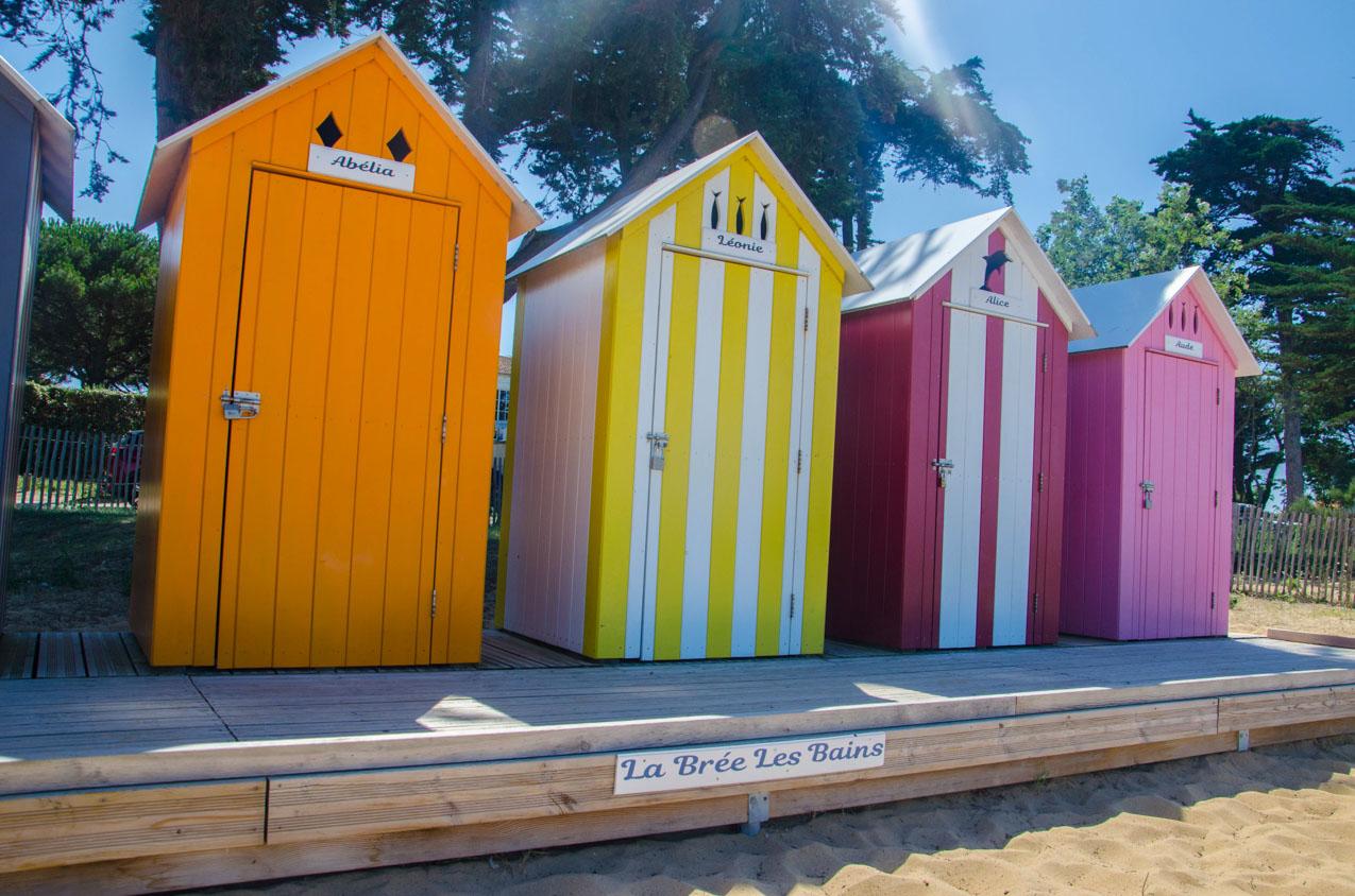 cabines-colorees-les-brees les bains